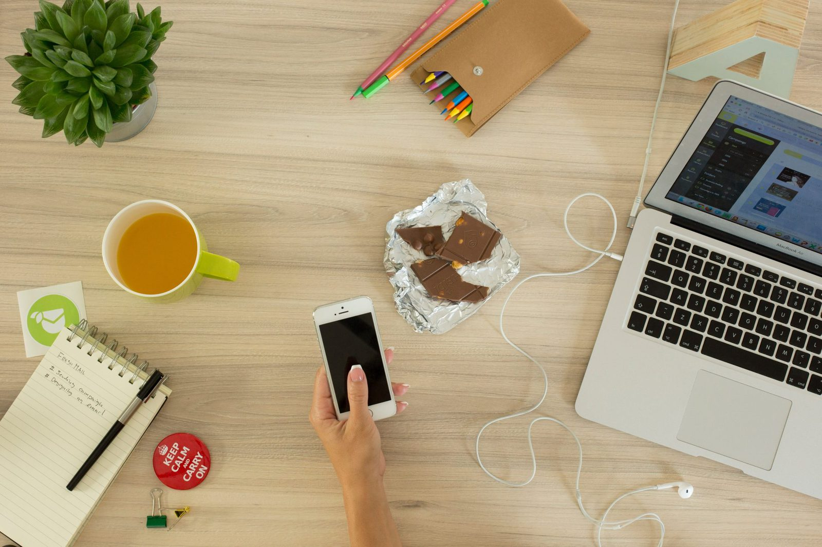 5 Spotify Playlists That Will Boost Office Productivity