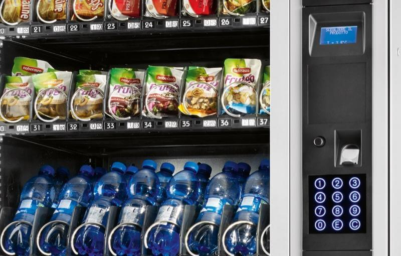 Necta Tango Snack and Confectionery Vending Machine alt-1